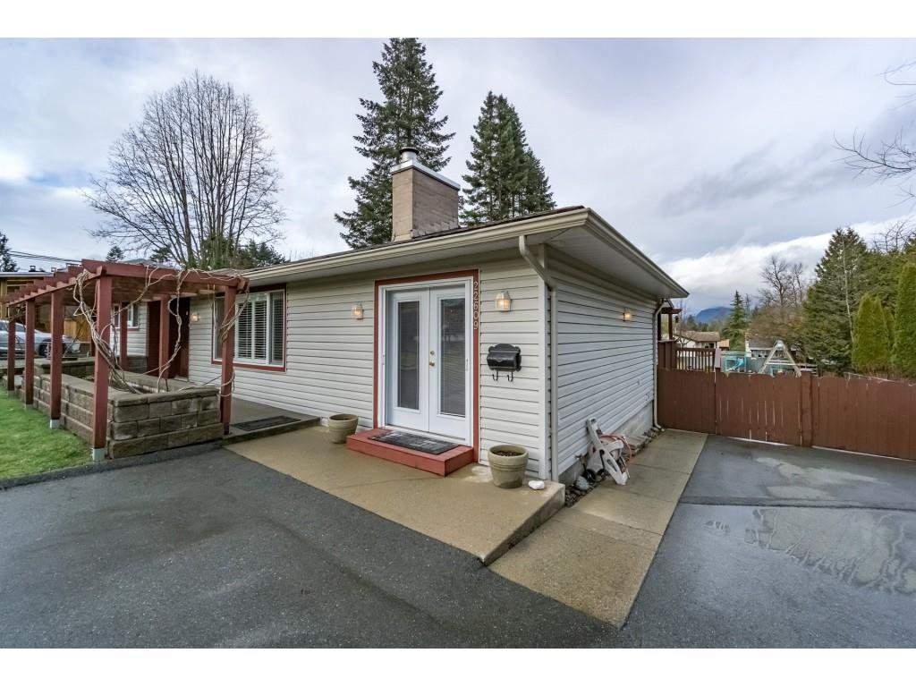 Photo 6: Photos: 22609 124 Avenue in Maple Ridge: East Central House for sale : MLS®# R2233577