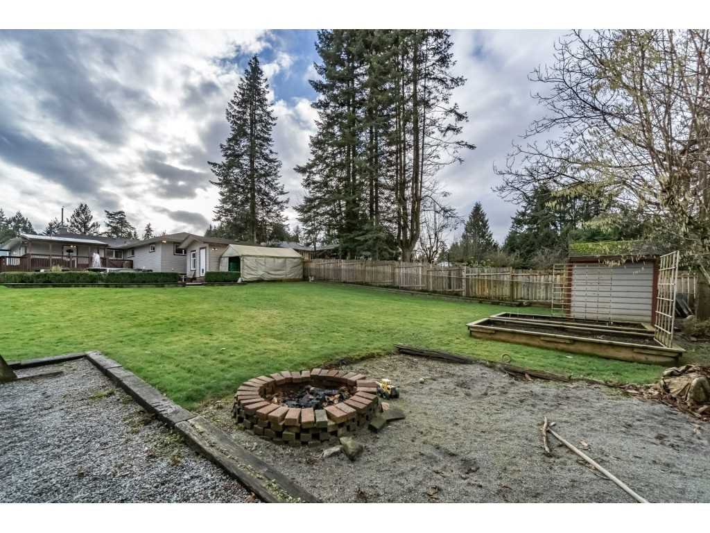Photo 17: Photos: 22609 124 Avenue in Maple Ridge: East Central House for sale : MLS®# R2233577