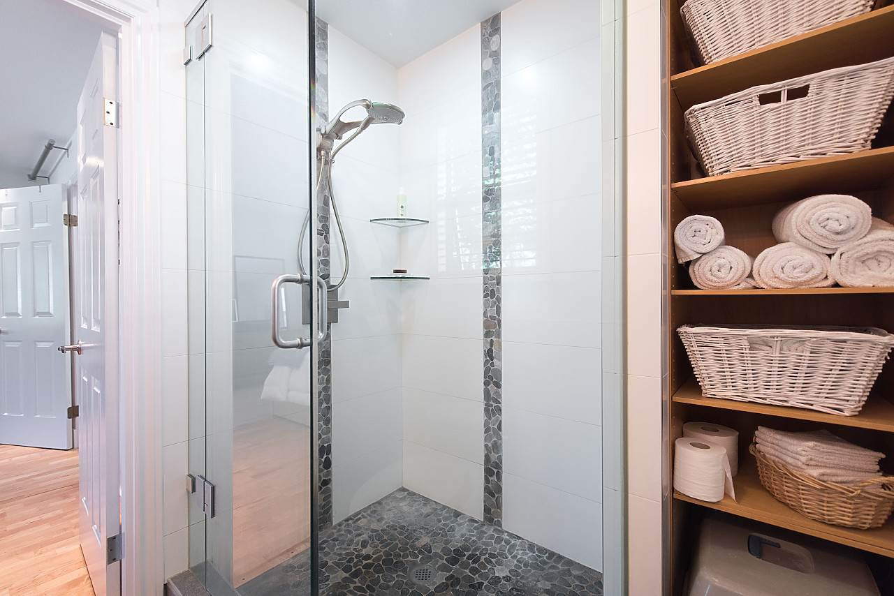 Photo 15: Photos: 1849 W 12TH Avenue in Vancouver: Kitsilano Townhouse for sale (Vancouver West)  : MLS®# R2236443