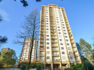 Main Photo: # 606 9595 ERICKSON DR in Burnaby: Sullivan Heights Condo for sale (Burnaby North)  : MLS®# V1109452