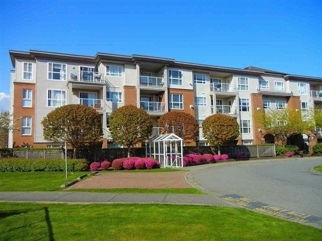 "Main Photo: 103 15885 84 Avenue in Surrey: Fleetwood Tynehead Condo for sale in ""Abbey Road"" : MLS®# R2265628"
