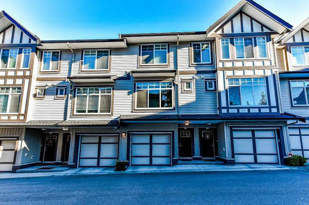 """Photo 2: Photos: 21 7090 180TH Street in Surrey: Cloverdale BC Townhouse for sale in """"The Boardwalk"""" (Cloverdale)  : MLS®# R2326402"""