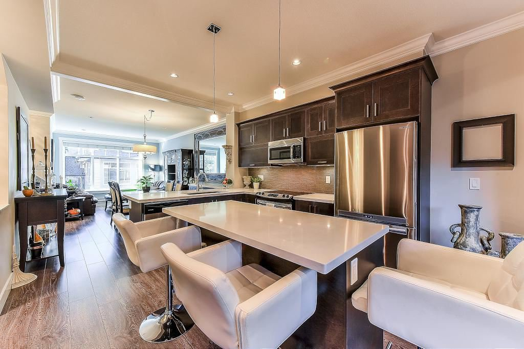 """Photo 7: Photos: 21 7090 180TH Street in Surrey: Cloverdale BC Townhouse for sale in """"The Boardwalk"""" (Cloverdale)  : MLS®# R2326402"""