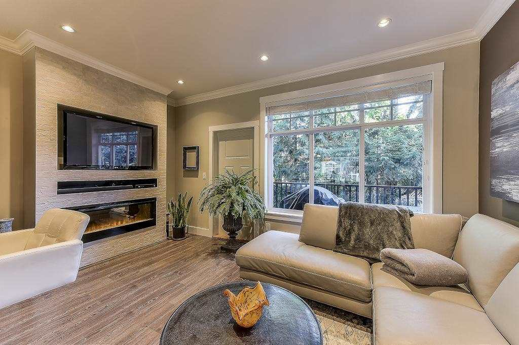 """Photo 8: Photos: 21 7090 180TH Street in Surrey: Cloverdale BC Townhouse for sale in """"The Boardwalk"""" (Cloverdale)  : MLS®# R2326402"""
