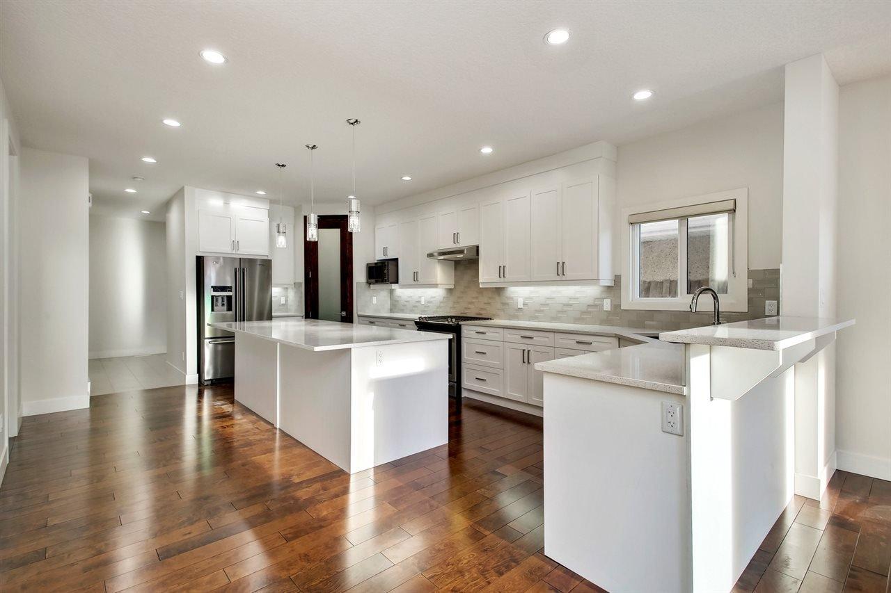 Main Photo: 10505 71 Avenue in Edmonton: Zone 15 House for sale : MLS®# E4143660