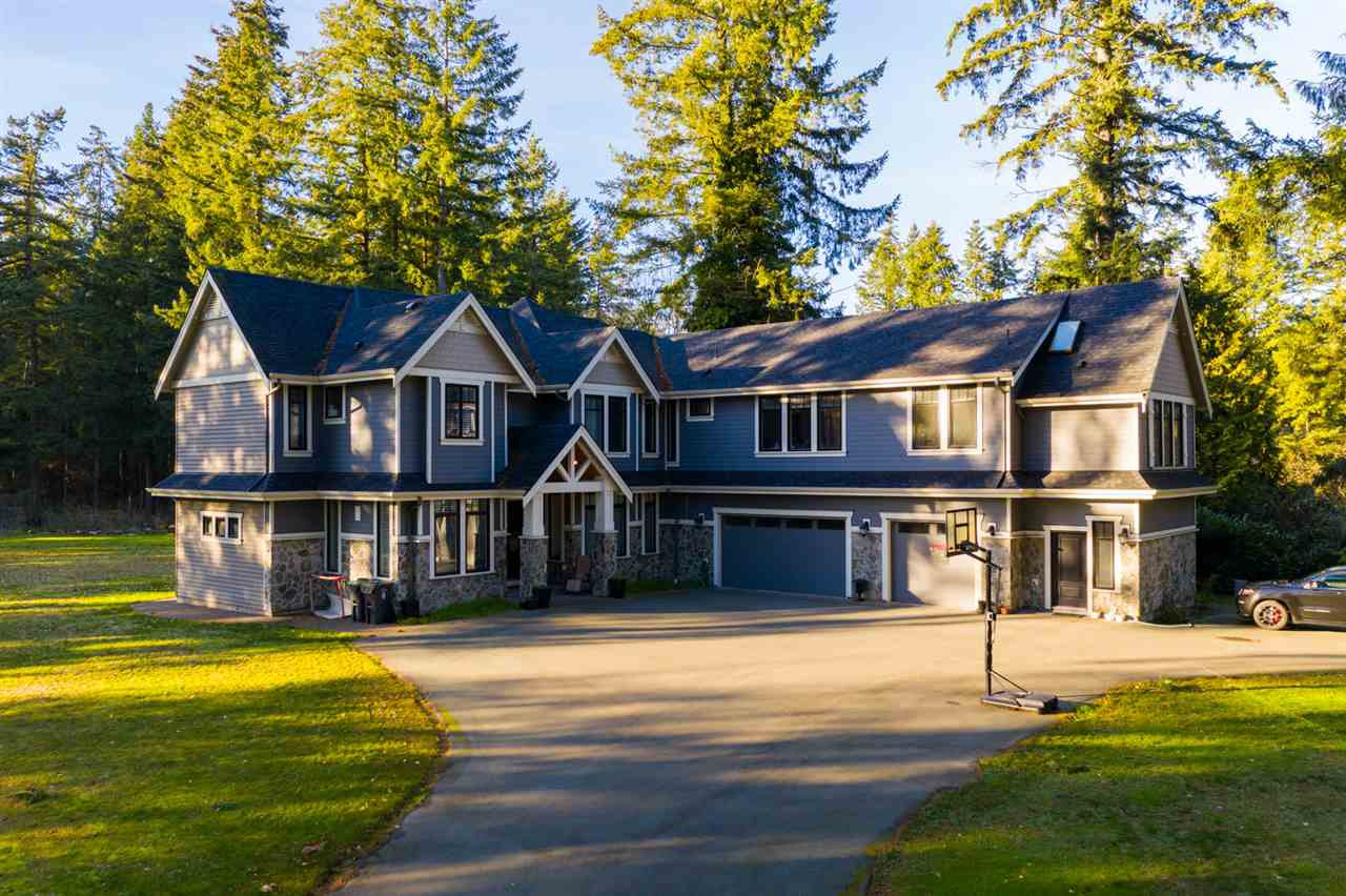 """Main Photo: 3041 202 Street in Langley: Brookswood Langley House for sale in """"Brookswood"""" : MLS®# R2354765"""
