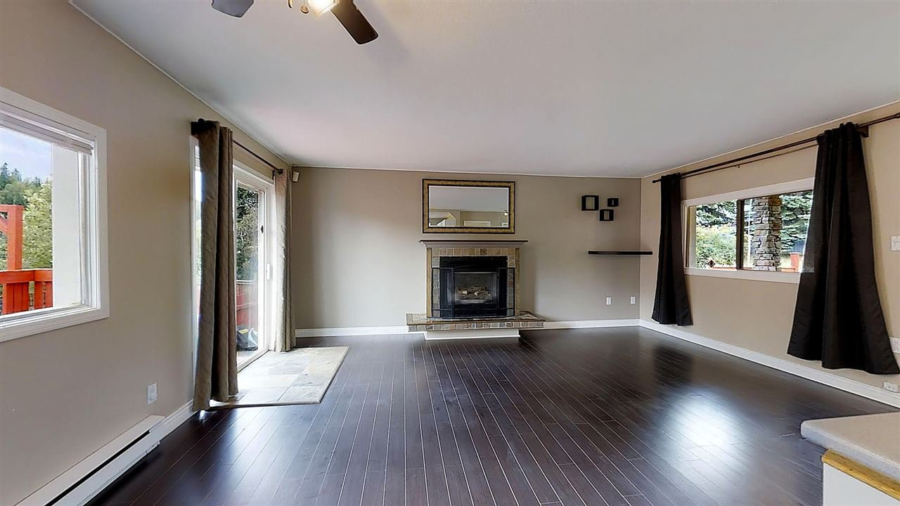 Photo 4: Photos: 2889 MEYER Road in Prince George: Mount Alder House for sale (PG City North (Zone 73))  : MLS®# R2389708