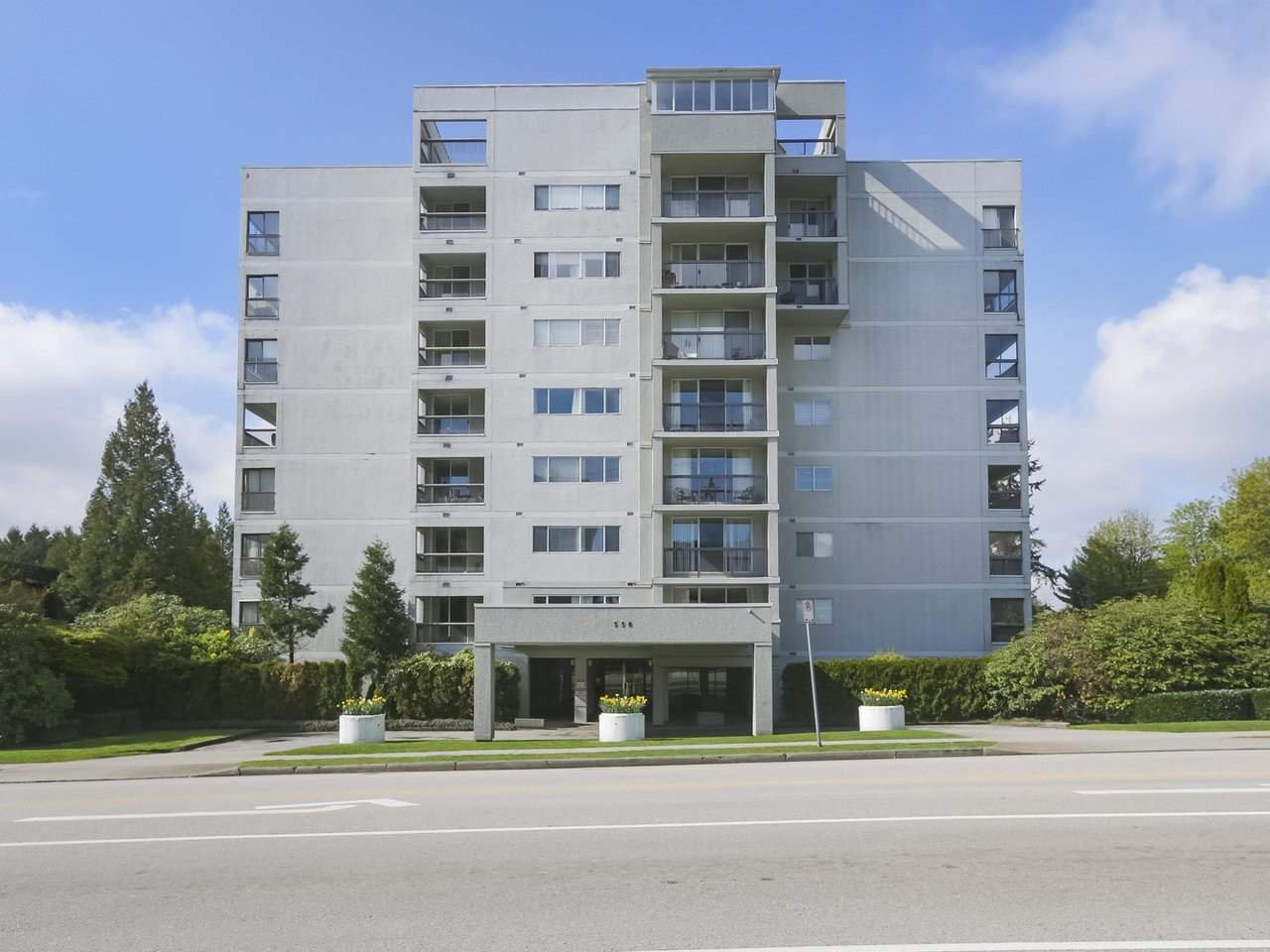 "Main Photo: 801 550 EIGHTH Street in New Westminster: Uptown NW Condo for sale in ""PARKRIDGE"" : MLS®# R2402744"