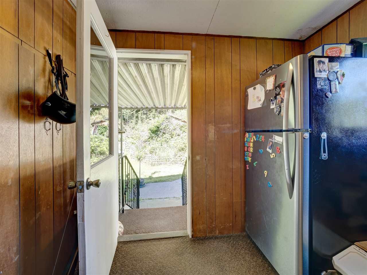 Photo 9: Photos: 5761 MCLAUGHAN Road in Sechelt: Sechelt District House for sale (Sunshine Coast)  : MLS®# R2479077