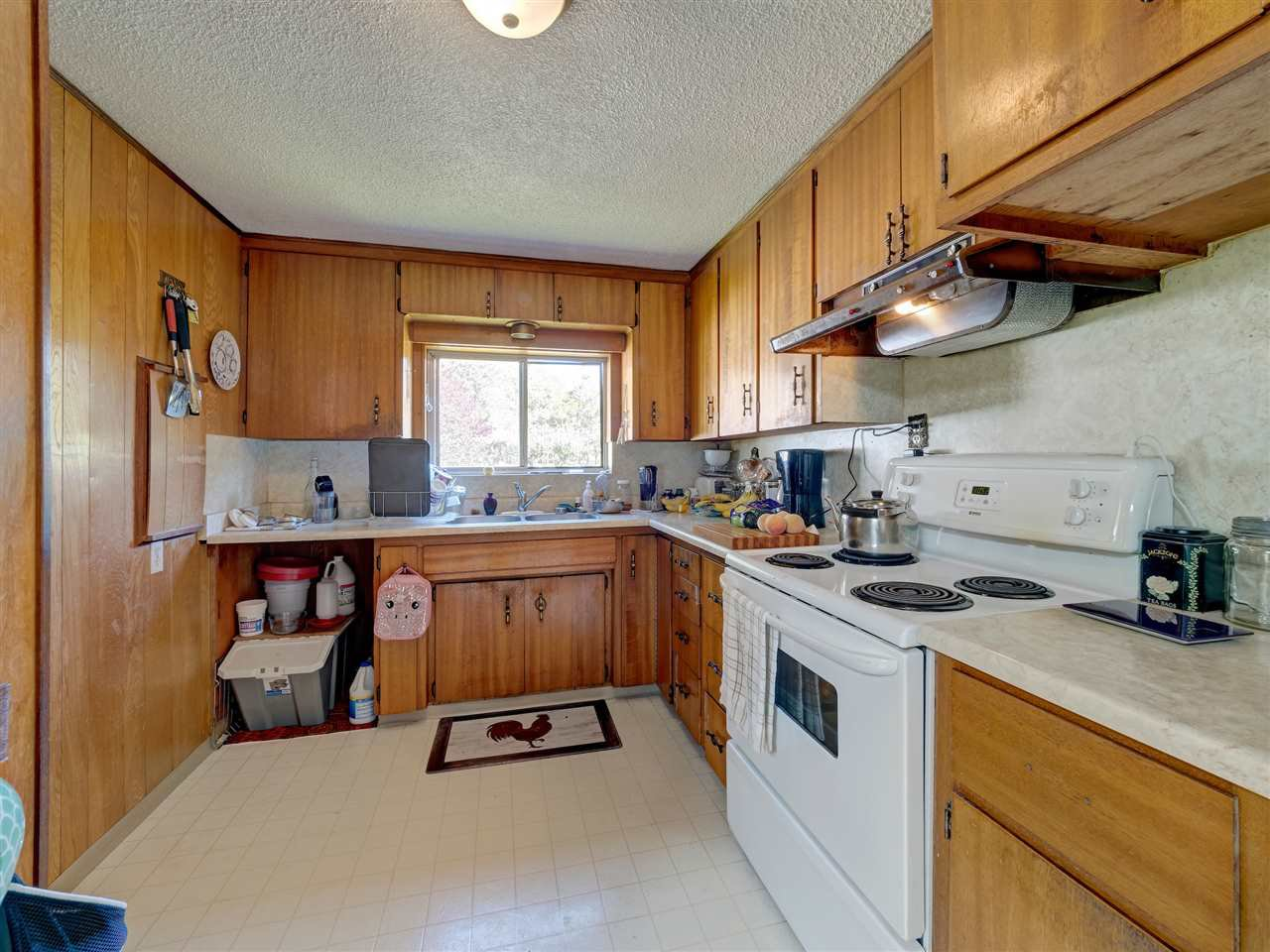 Photo 8: Photos: 5761 MCLAUGHAN Road in Sechelt: Sechelt District House for sale (Sunshine Coast)  : MLS®# R2479077