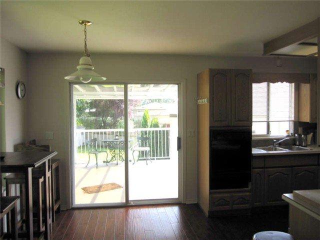 Photo 4: Photos: 12280 202ND Street in Maple Ridge: Northwest Maple Ridge House for sale : MLS®# V901383