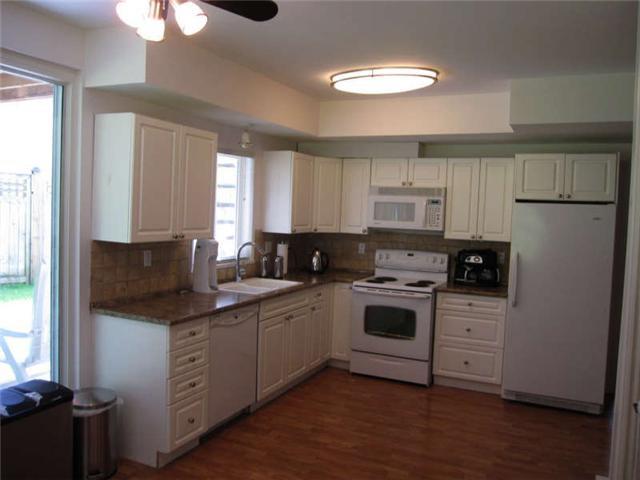 Photo 9: Photos: 12280 202ND Street in Maple Ridge: Northwest Maple Ridge House for sale : MLS®# V901383