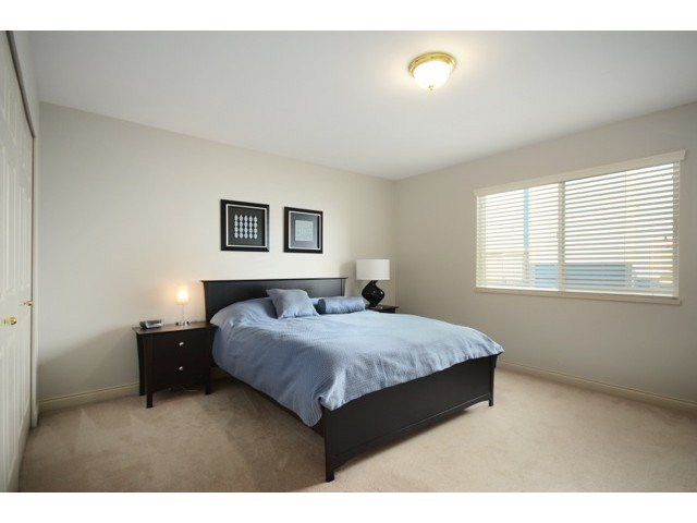 Photo 13: Photos: 3018 ELLERSLIE Avenue in Burnaby: Montecito House for sale (Burnaby North)  : MLS®# V1043857