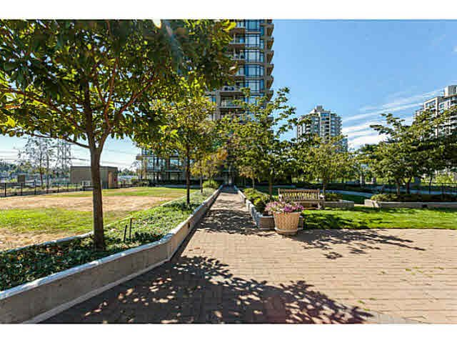 Photo 18: Photos: 1605 2345 MADISON Avenue in Burnaby: Brentwood Park Condo for sale (Burnaby North)  : MLS®# V1134948