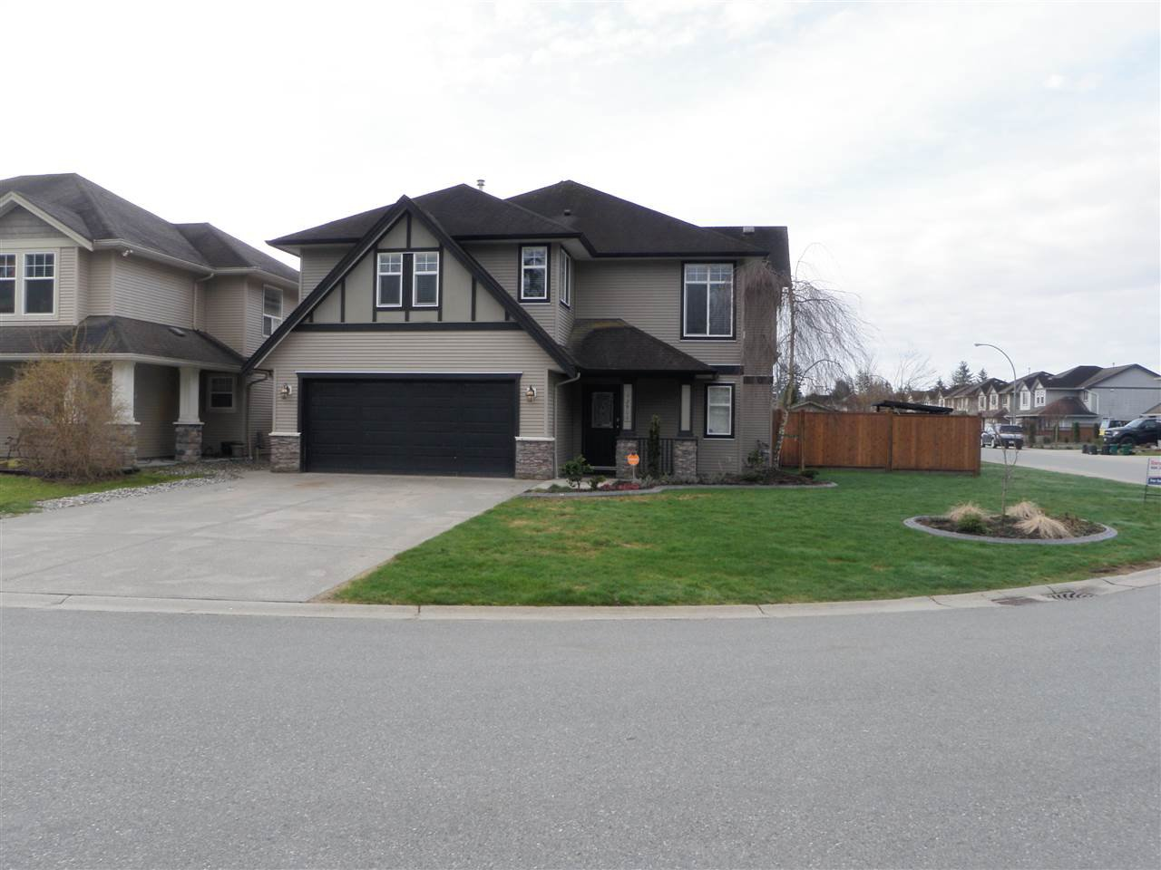 "Main Photo: 32906 BOOTHBY Avenue in Mission: Mission BC House for sale in ""Cedar Valley Estates"" : MLS®# R2151391"
