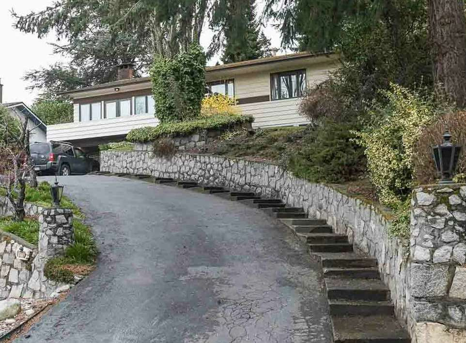 "Main Photo: 10701 SANTA MONICA Drive in Delta: Nordel House for sale in ""Canterbury Heights"" (N. Delta)  : MLS®# R2160370"