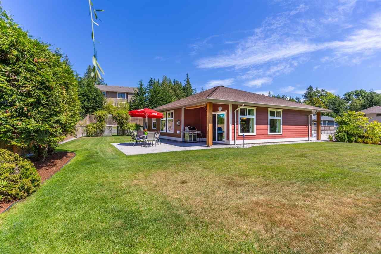 Photo 17: Photos: 5573 NICKERSON Road in Sechelt: Sechelt District House for sale (Sunshine Coast)  : MLS®# R2191954