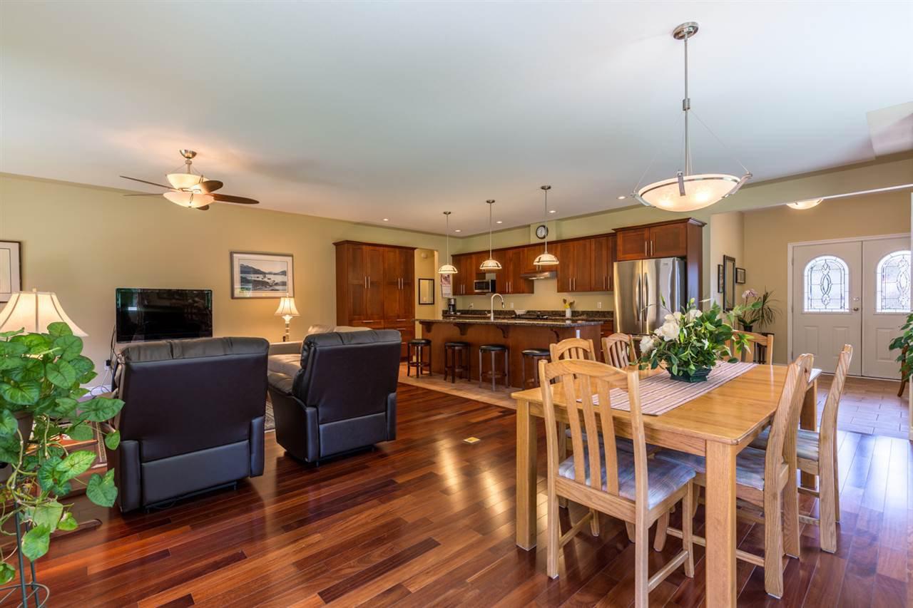 Photo 6: Photos: 5573 NICKERSON Road in Sechelt: Sechelt District House for sale (Sunshine Coast)  : MLS®# R2191954