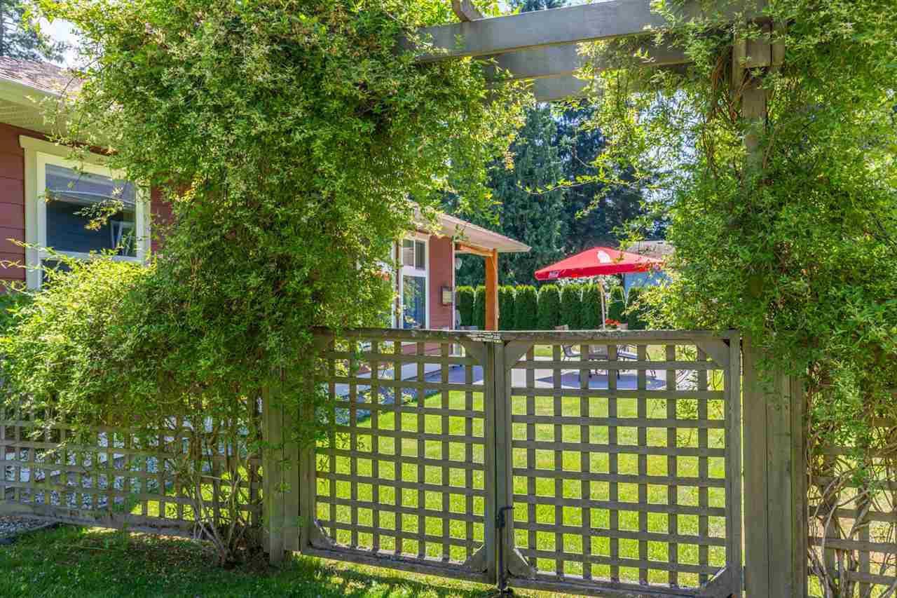 Photo 20: Photos: 5573 NICKERSON Road in Sechelt: Sechelt District House for sale (Sunshine Coast)  : MLS®# R2191954