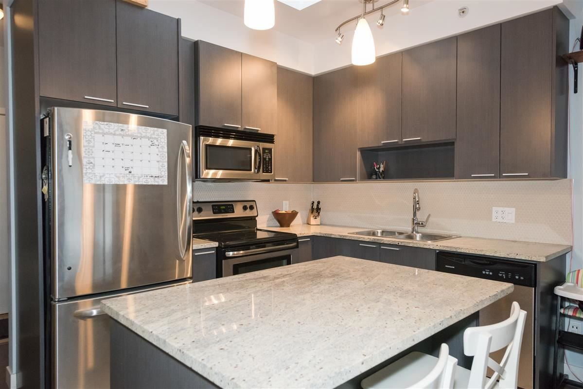 "Main Photo: PH15 707 E 20TH Avenue in Vancouver: Hastings East Condo for sale in ""Blossom"" (Vancouver East)  : MLS®# R2230408"
