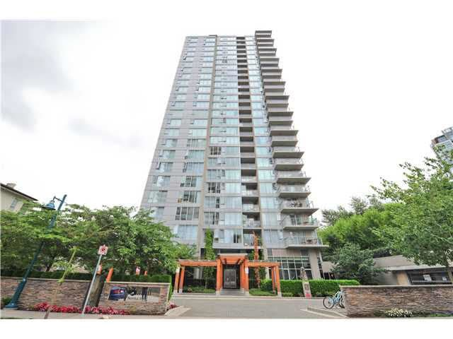 Main Photo: 907 660 NOOTKA WAY in Port Moody: Port Moody Centre Condo for sale : MLS®# R2230914