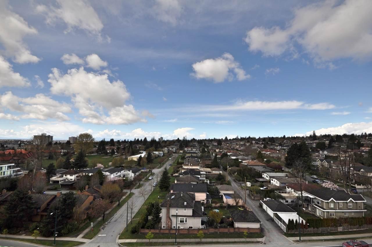"Main Photo: 1109 8031 NUNAVUT Lane in Vancouver: Marpole Condo for sale in ""MC2"" (Vancouver West)  : MLS®# R2257771"