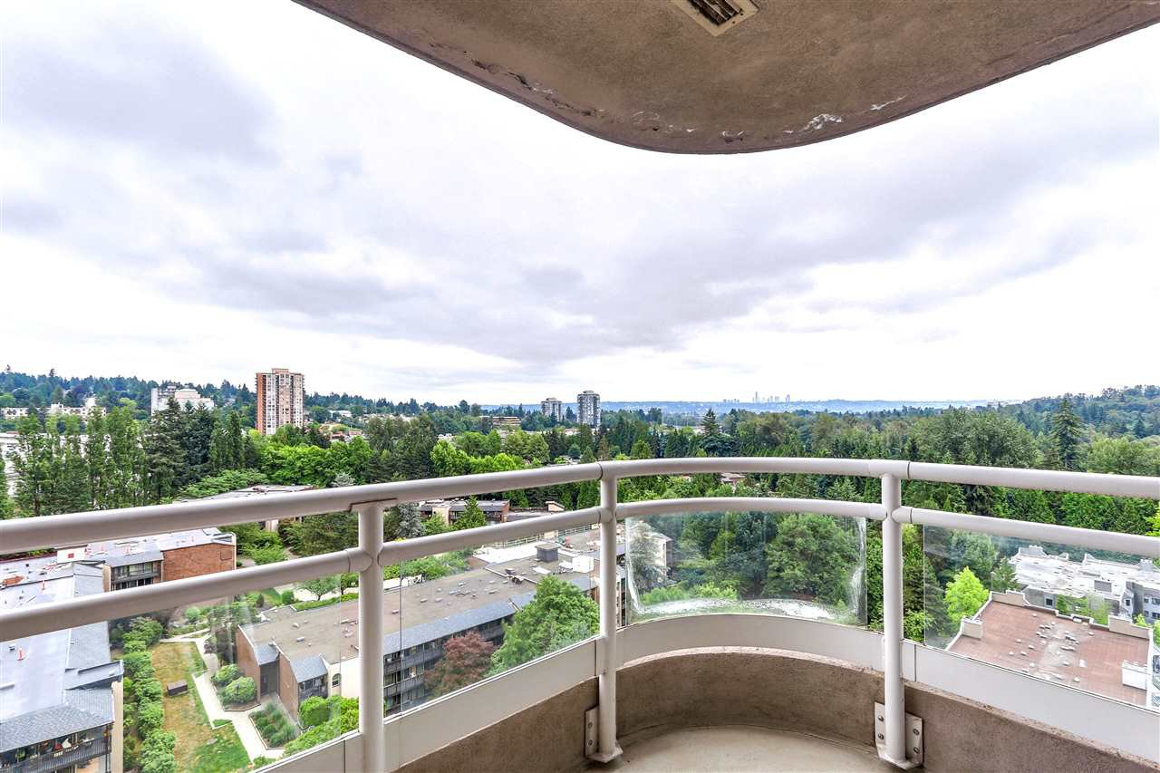 Photo 12: Photos: 1303 9623 MANCHESTER Drive in Burnaby: Cariboo Condo for sale (Burnaby North)  : MLS®# R2283068