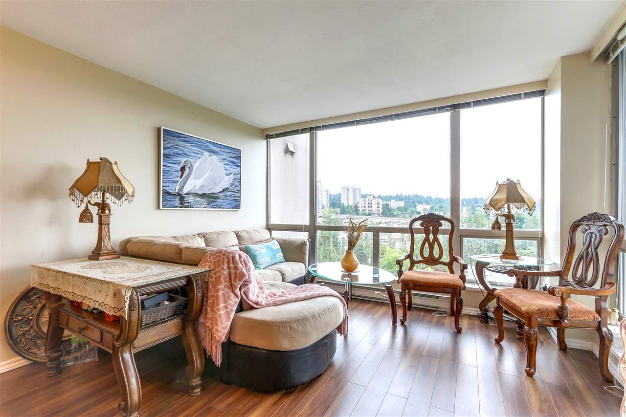 Photo 3: Photos: 1303 9623 MANCHESTER Drive in Burnaby: Cariboo Condo for sale (Burnaby North)  : MLS®# R2283068