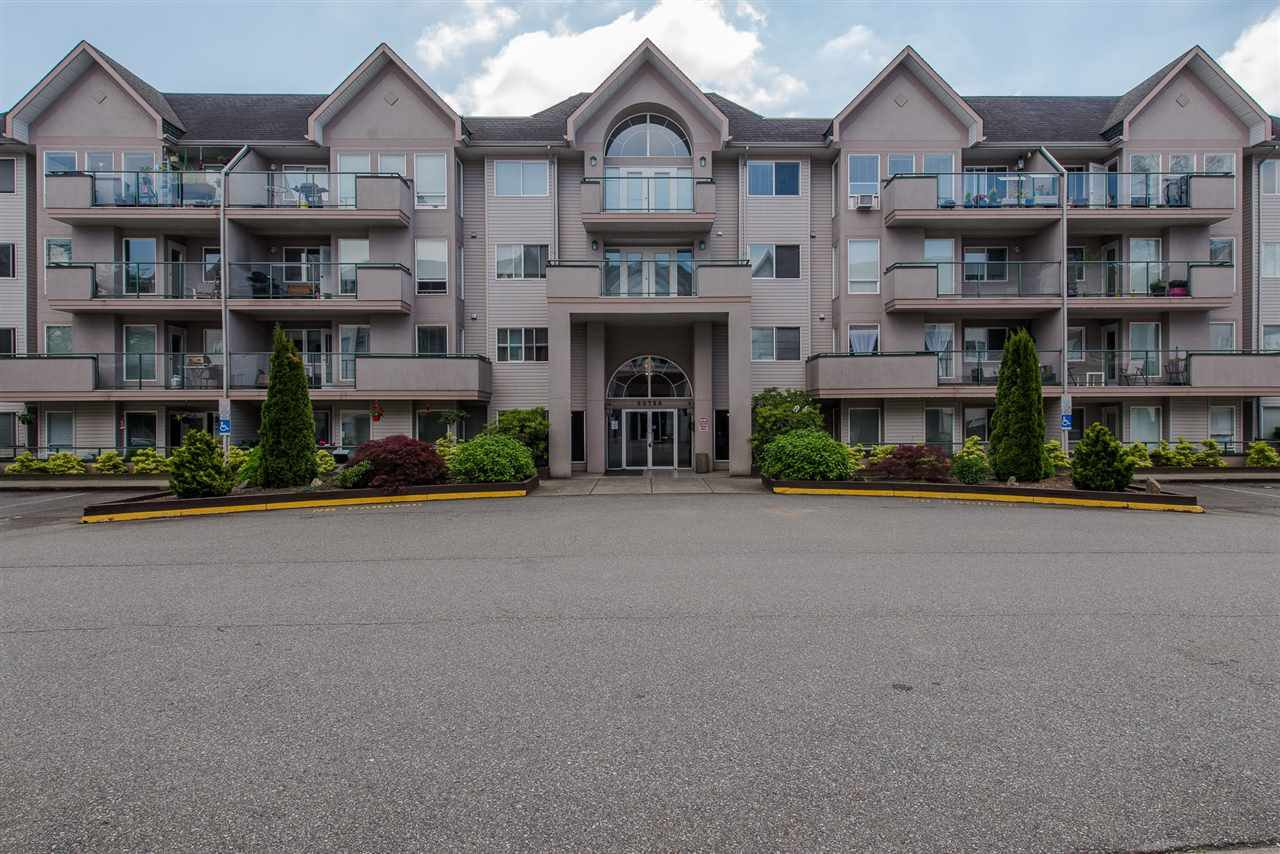 "Main Photo: 412 33728 KING Road in Abbotsford: Poplar Condo for sale in ""~College Park~"" : MLS®# R2288393"