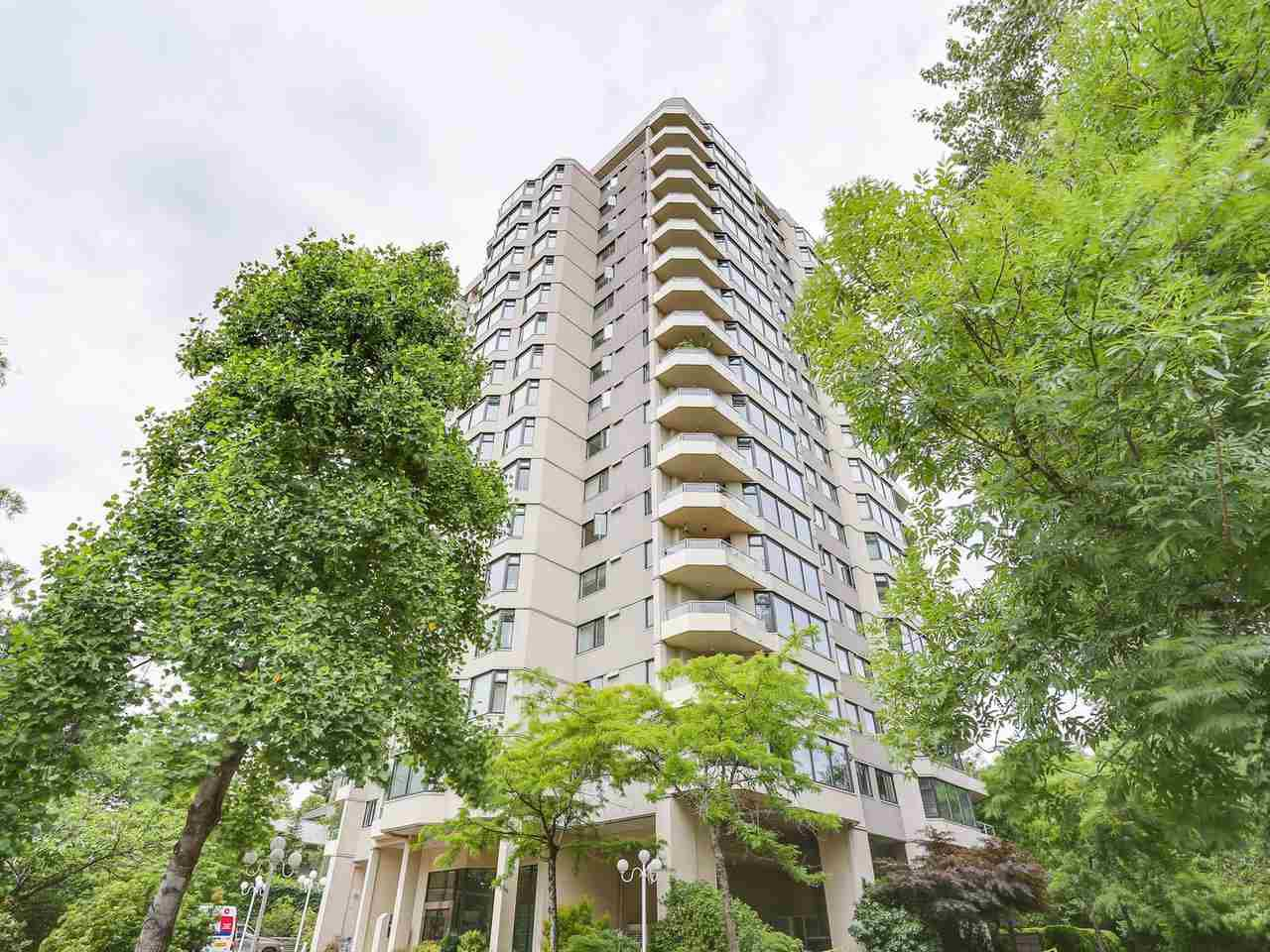 """Main Photo: 402 7321 HALIFAX Street in Burnaby: Simon Fraser Univer. Condo for sale in """"THE AMBASSADOR"""" (Burnaby North)  : MLS®# R2377106"""