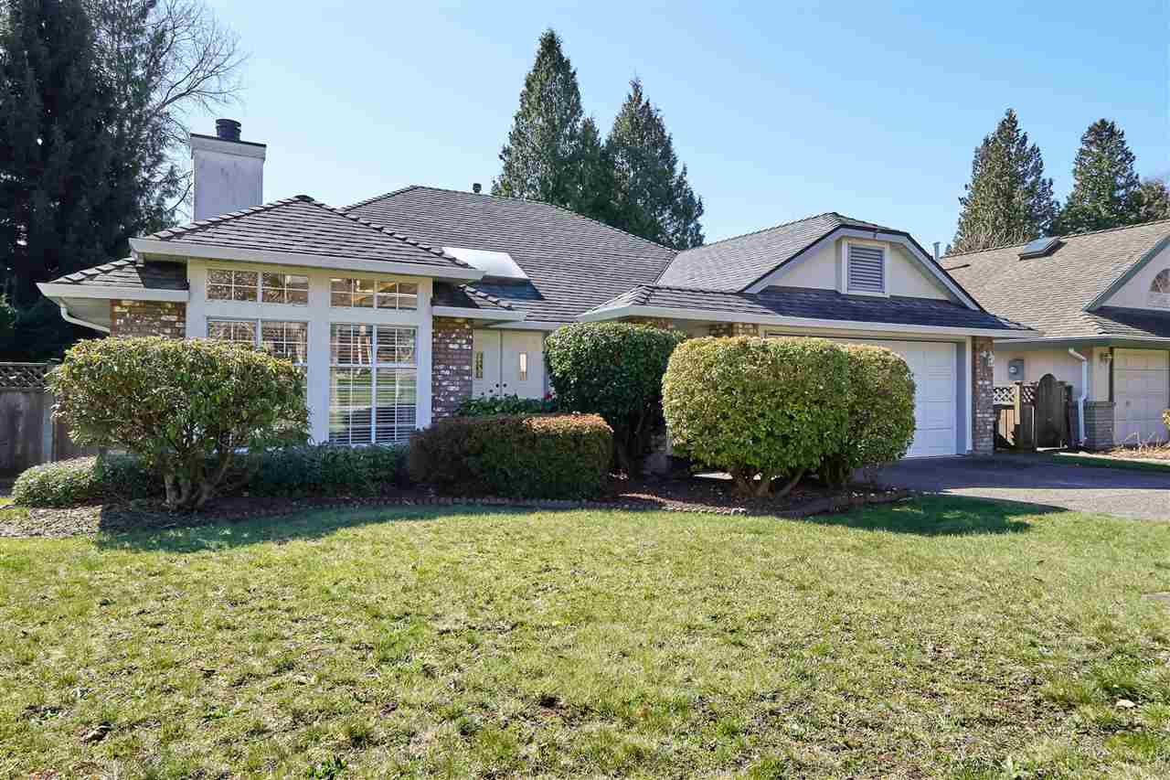 "Main Photo: 13542 14A Avenue in Surrey: Crescent Bch Ocean Pk. House for sale in ""OCEAN PARK"" (South Surrey White Rock)  : MLS®# R2402633"
