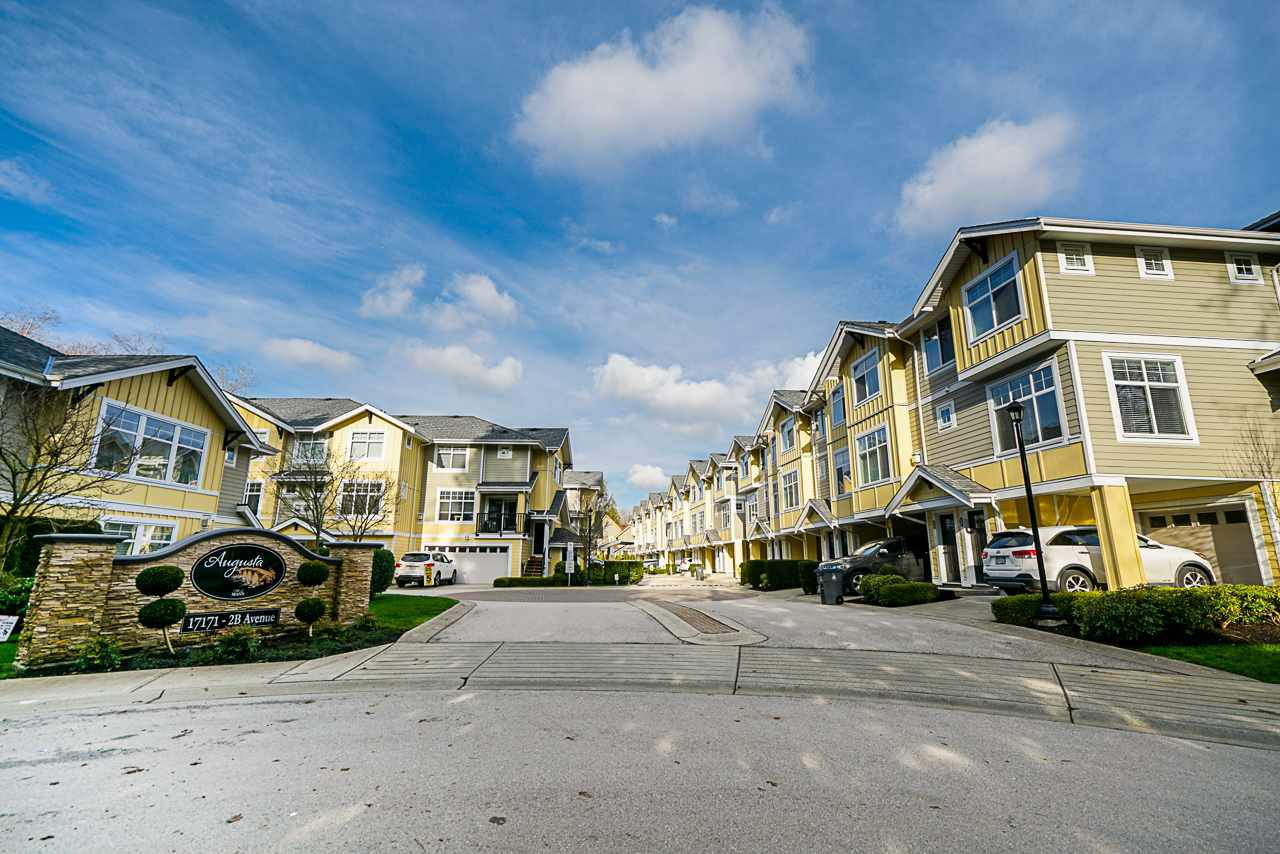 """Main Photo: 10 17171 2B Avenue in Surrey: Pacific Douglas Townhouse for sale in """"Augusta"""" (South Surrey White Rock)  : MLS®# R2428190"""