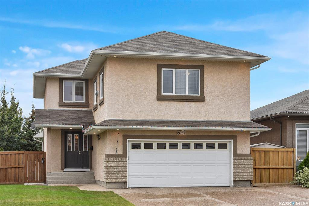 Main Photo: 2627 ROTHESAY Crescent in Regina: Windsor Park Residential for sale : MLS®# SK825817
