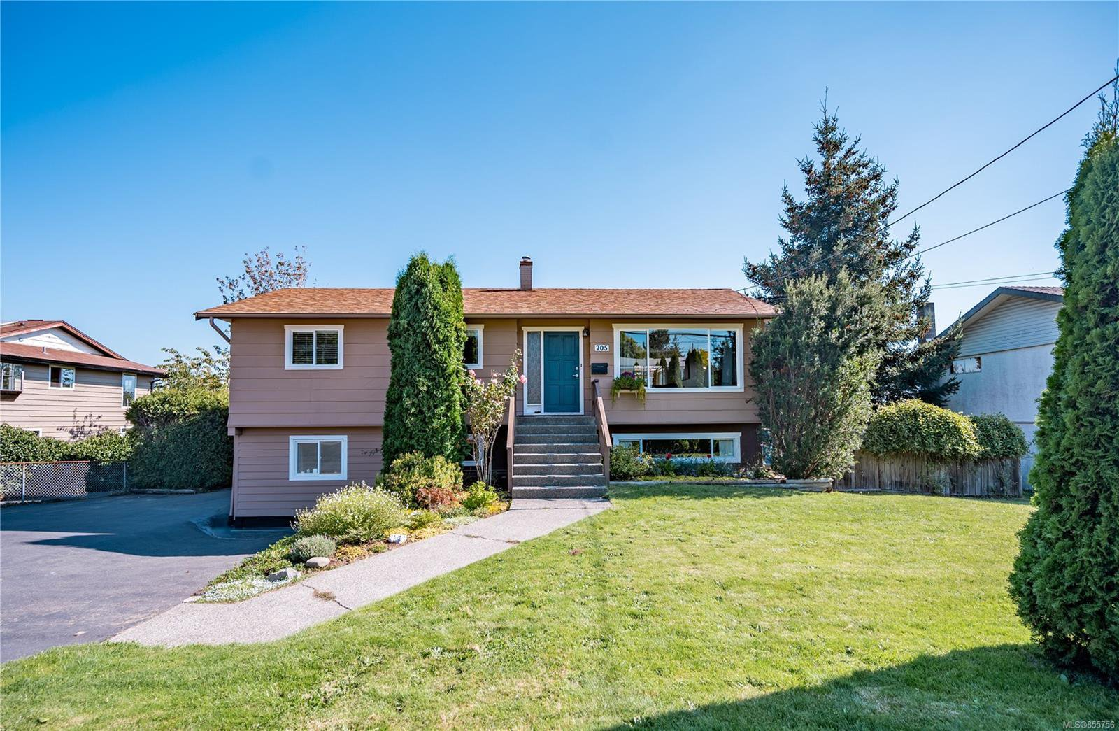 Main Photo: 705 S Alder St in : CR Campbell River Central House for sale (Campbell River)  : MLS®# 855756