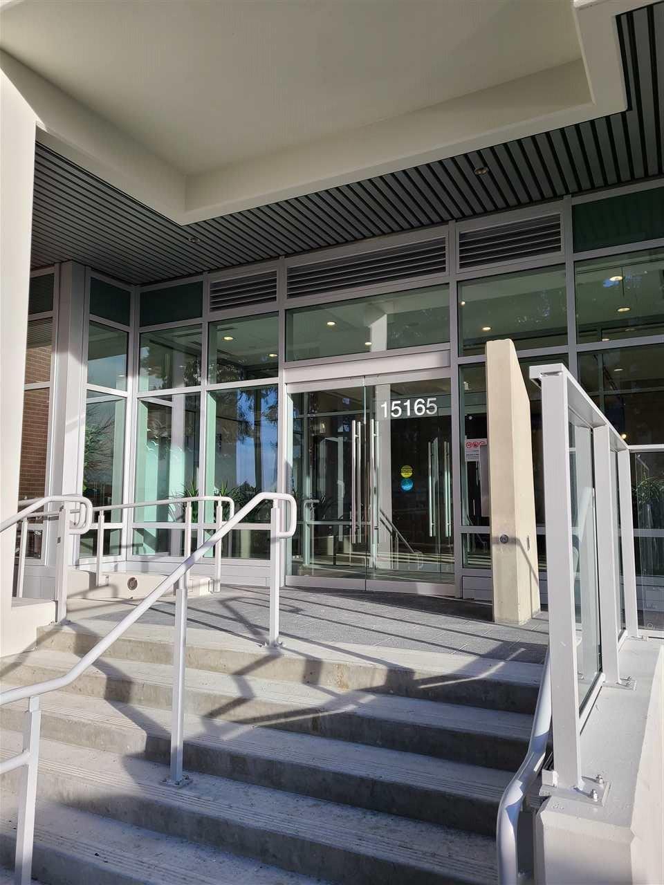 "Main Photo: 909 15165 THRIFT Avenue: White Rock Condo for sale in ""Miramar"" (South Surrey White Rock)  : MLS®# R2523323"