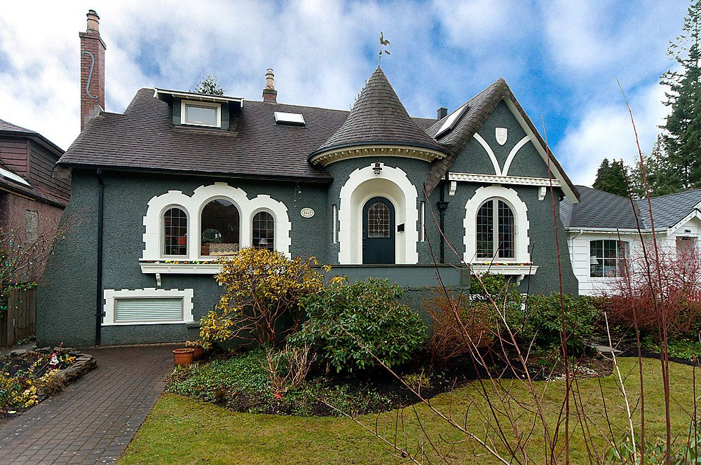 Main Photo: 3814 W 38TH Avenue in Vancouver: Dunbar House for sale (Vancouver West)  : MLS®# V875963