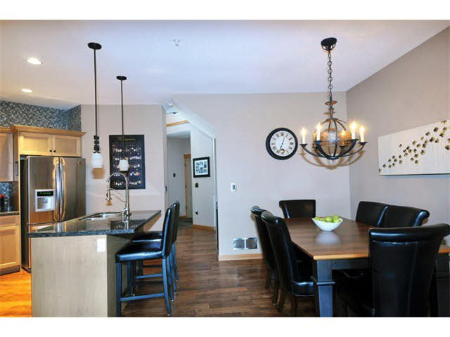"""Photo 6: Photos: 33 24185 106B Avenue in Maple Ridge: Albion Townhouse for sale in """"TRAILS EDGE"""" : MLS®# V1090011"""