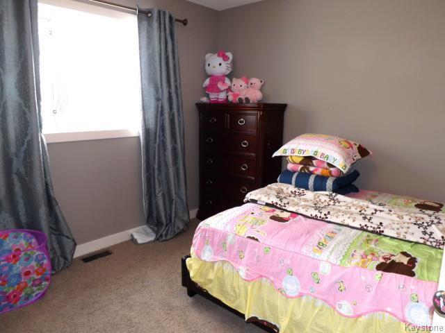 Photo 10: Photos: 147 Seaside Drive in WINNIPEG: Transcona Residential for sale (North East Winnipeg)  : MLS®# 1505229