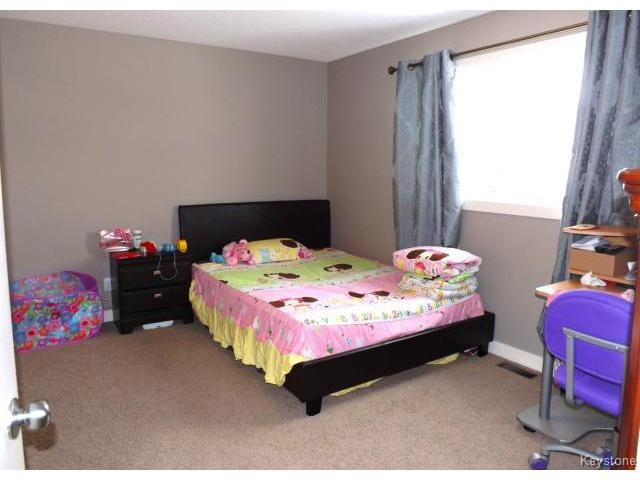 Photo 9: Photos: 147 Seaside Drive in WINNIPEG: Transcona Residential for sale (North East Winnipeg)  : MLS®# 1505229
