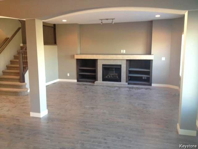 Photo 5: Photos: 147 Seaside Drive in WINNIPEG: Transcona Residential for sale (North East Winnipeg)  : MLS®# 1505229