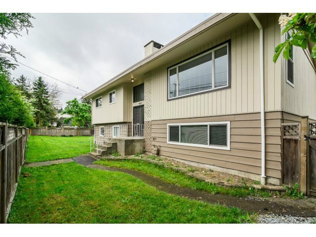 Main Photo: 4887 200TH Street in Langley: Langley City House for sale : MLS®# F1440208