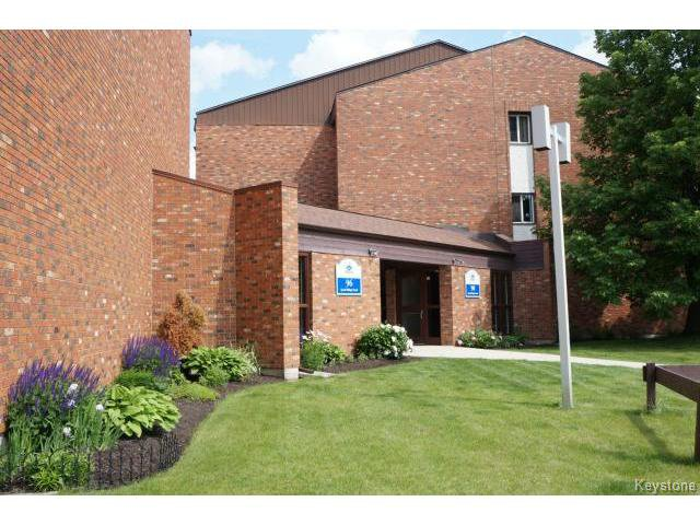 Main Photo: 96 Quail Ridge Road in WINNIPEG: Westwood / Crestview Condominium for sale (West Winnipeg)  : MLS®# 1515809