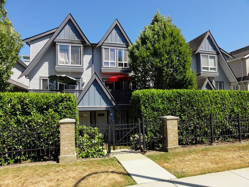 "Photo 20: Photos: 13 16388 85TH Avenue in Surrey: Fleetwood Tynehead Townhouse for sale in ""Camelot"" : MLS®# F1444386"
