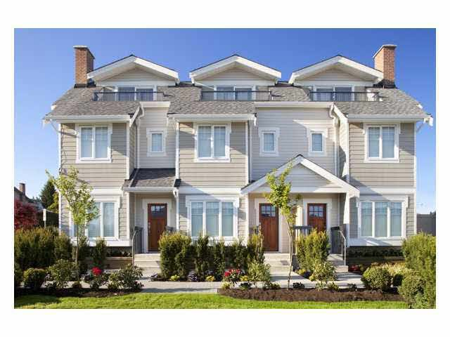 Main Photo: 16 7198 BARNET Road in Burnaby: Westridge BN Townhouse for sale (Burnaby North)  : MLS®# R2071672