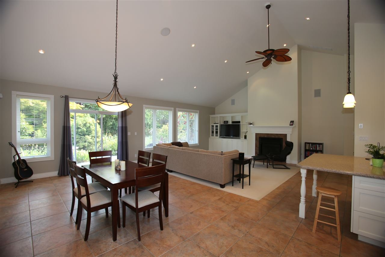 Photo 20: Photos: 1243 SUNNYSIDE Road in Gibsons: Gibsons & Area House for sale (Sunshine Coast)  : MLS®# R2079473