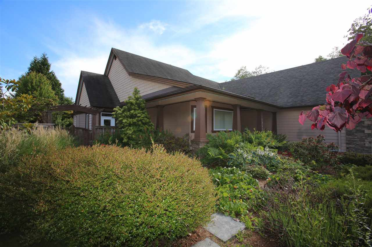 Photo 18: Photos: 1243 SUNNYSIDE Road in Gibsons: Gibsons & Area House for sale (Sunshine Coast)  : MLS®# R2079473