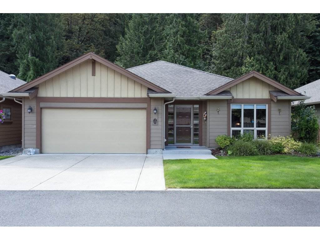 "Main Photo: 123 46000 THOMAS Road in Sardis: Sardis East Vedder Rd House for sale in ""HALCEYON MEADOWS"" : MLS®# R2093111"