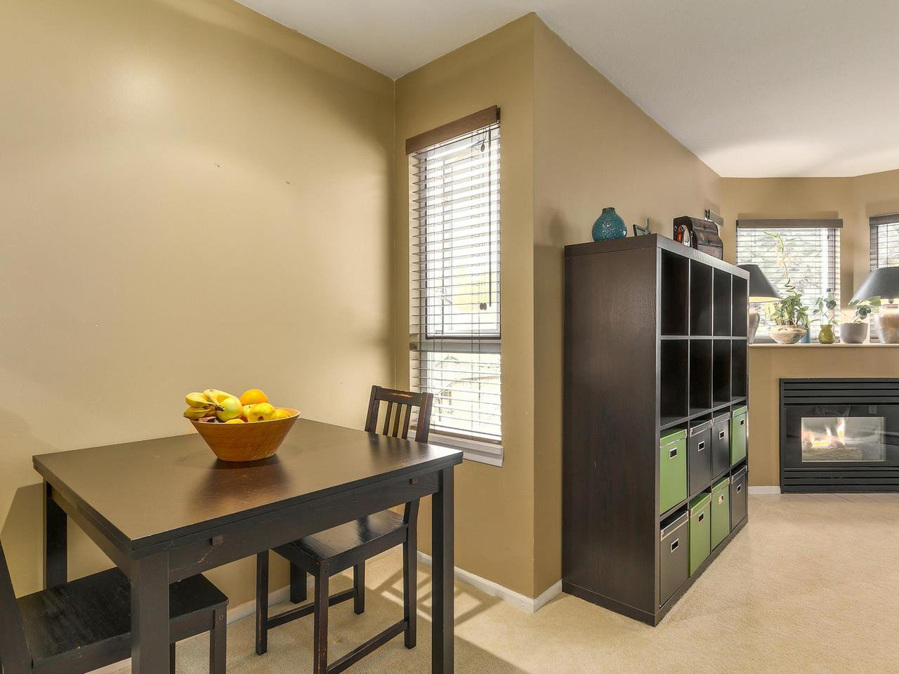 """Photo 9: Photos: 301 1623 E 2ND Avenue in Vancouver: Grandview VE Condo for sale in """"GRANDVIEW MANOR"""" (Vancouver East)  : MLS®# R2122830"""