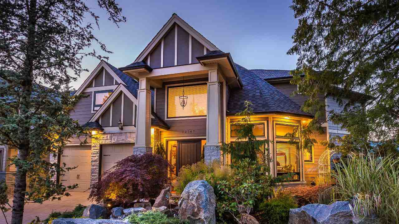 """Main Photo: 22747 136A Avenue in Maple Ridge: Silver Valley House for sale in """"FORMOSA PLATEAU"""" : MLS®# R2129938"""