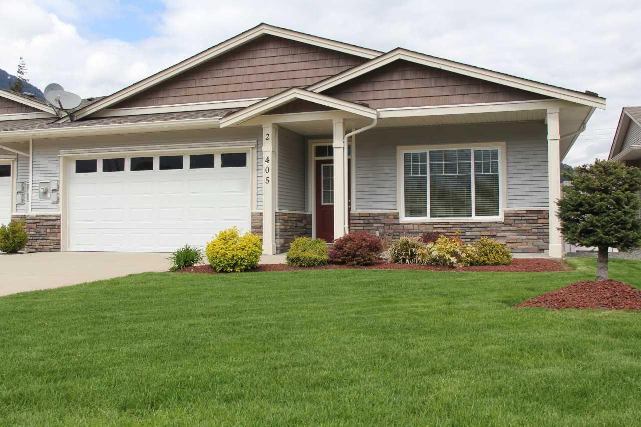 Main Photo: 2 405 STUART Street in Hope: Hope Center House 1/2 Duplex for sale : MLS®# R2161737